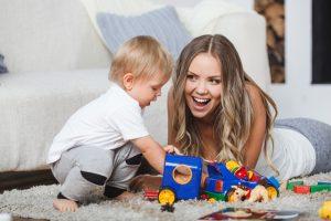 Comment trouver une personne fiable pour faire garder son enfant?